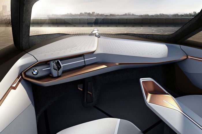https://img.icarcdn.com/autospinn/body/bmw-vision-next-100-concept-9-r.jpg