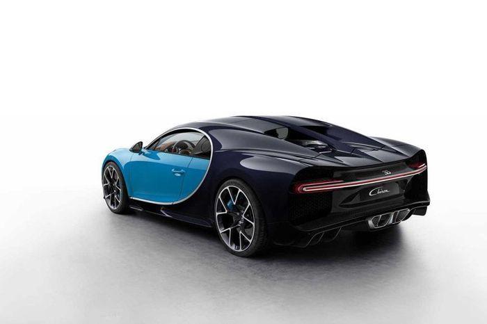 https://img.icarcdn.com/autospinn/body/bugatti-chiron.jpg