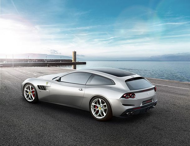 https://img.icarcdn.com/autospinn/body/ferrari-gtc4lusso-t-revealed-1.jpg