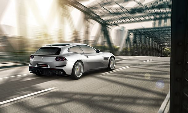 https://img.icarcdn.com/autospinn/body/ferrari-gtc4lusso-t-revealed-2.jpg