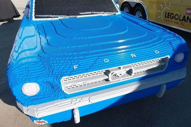 ford-mustang-lego-scale-model-1