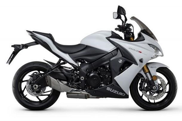 gsx-s1000f_white_side_facing_right-copy