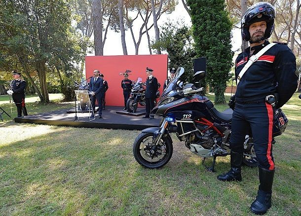 italian-police-gets-new-ducati-multistrada-patrol-bikes_1