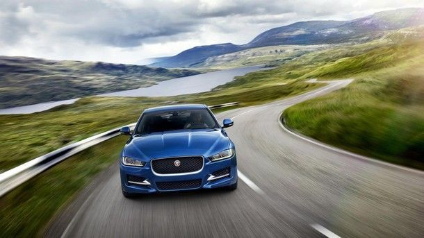 jaguar-xe-xf-f-pace-new-20-turbo-engine (1)