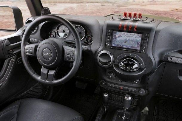Jeep® Crew Chief 715 Concept Interior