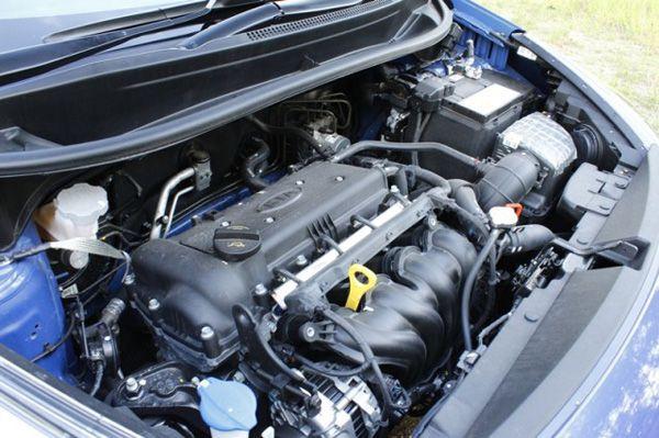 https://img.icarcdn.com/autospinn/body/kia-rio-used-car-640x426.jpg