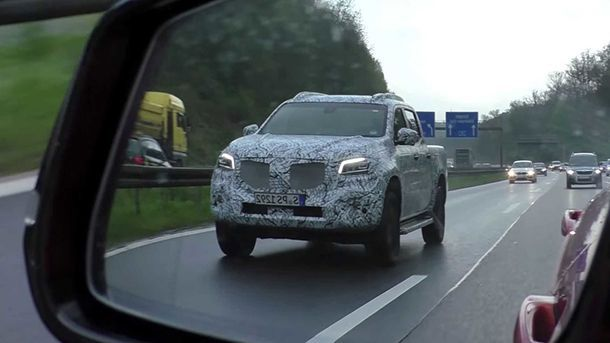 https://img.icarcdn.com/autospinn/body/mercedes-benz-x-class-spy-video-1.jpg