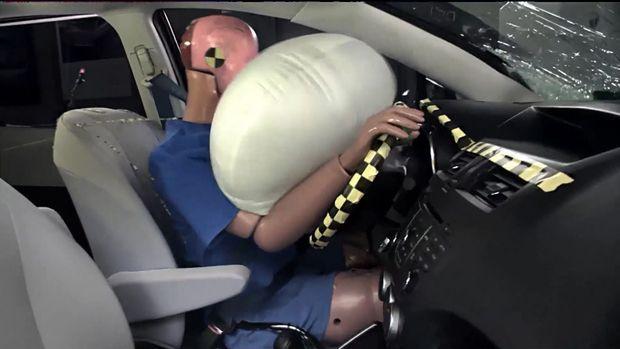 https://img.icarcdn.com/autospinn/body/nn_06_tco_airbags_141023.jpg
