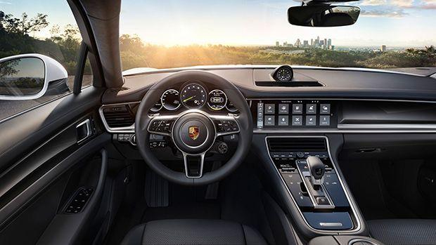 https://img.icarcdn.com/autospinn/body/porsche-panamera-e-hybrid-8_2560.jpg