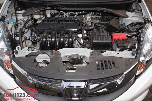https://img.icarcdn.com/autospinn/body/review-Honda-Mobilio-7.jpg