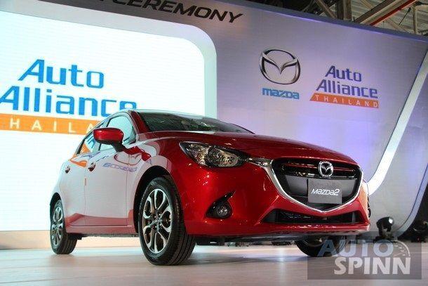 ชมภาพ 2014 Mazda2  Eco Car (มาสด้า2 อีโคคาร์) คันแรกของ เฟส 2  เปิดตัวแล้ววันนี้ที่โรงงาน AAT