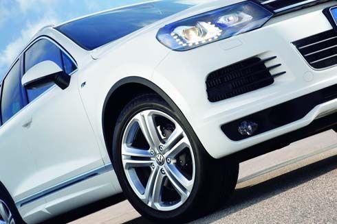 ดูดีได้อีก Volkswagen Touareg ได้ชุดแต่งบอดี้ชุดใหม่ R-Line Sport Package
