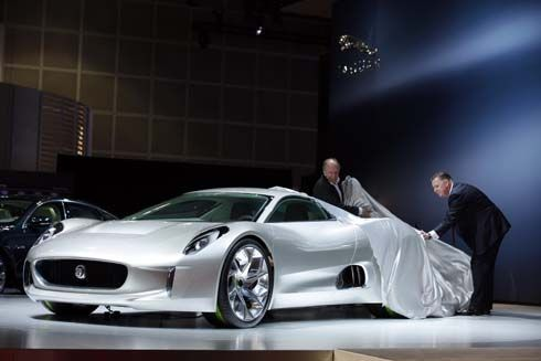 ถลกผ้าคลุม Jaguar C-X75 Supercar Concept ที่งาน LA Auto Show มีแววผลิตจริง