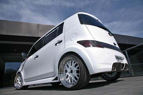 ถึงทีสีขาวด้าน Daihatsu Materia แฮทช์ทรงเหลี่ยม ในชุดแต่ง IceCube จาก Inden Design