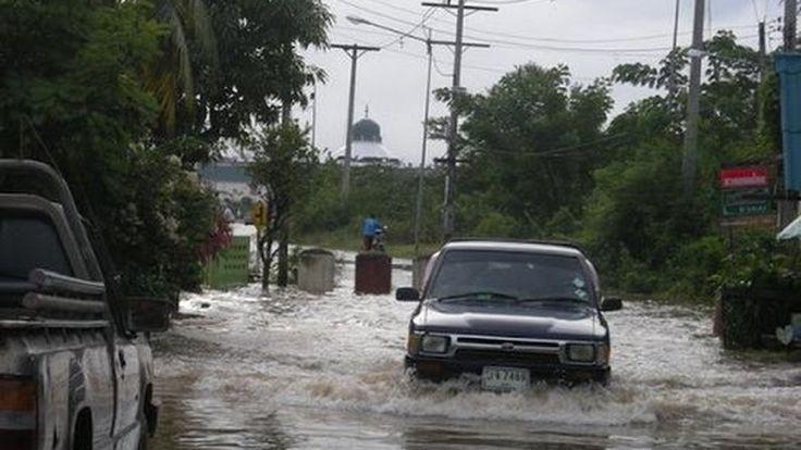 ทช.เตือนประชาชนเลี่ยง 10 เส้นทางน้ำท่วมสูง รถยนต์ไม่สามารถสัญจรได้
