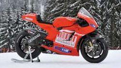 พร้อมรบ Ducati เปิดตัว Desmosedici GP10 เตรียมลุยใน MotoGP World Championship