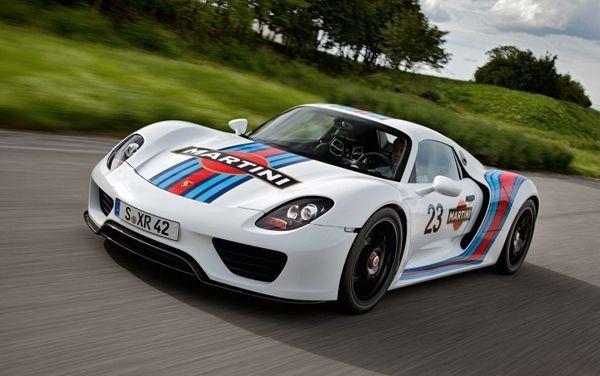 ยอดขายครึ่งปีแรกของ Porsche พุ่งทะลุเป้า