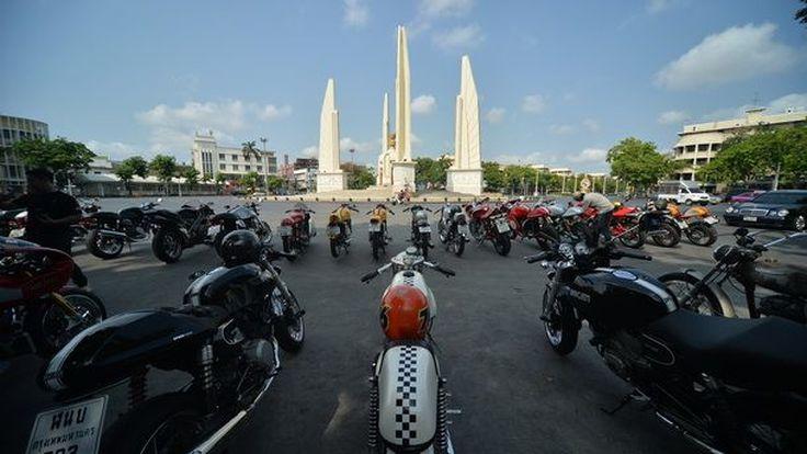 ย้อนรำลึกประวัติศาสตร์ กรุงรัตนโกสินทร์  ไปด้วย  Ducati  สุดคลาสสิค  กับ  The Retro Ride