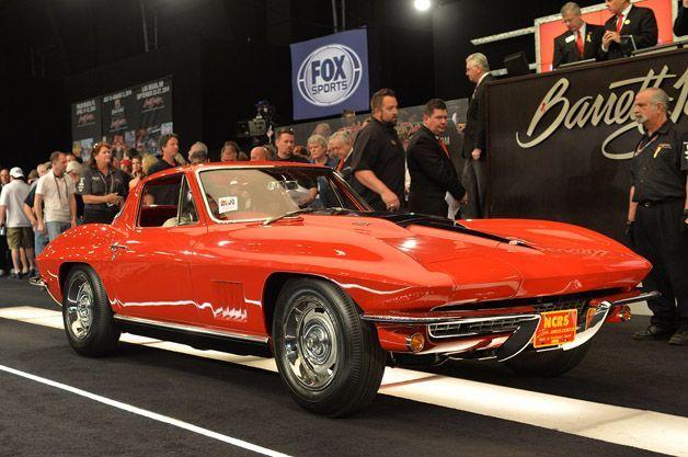 ราคาประมูลสถิติโลก 3.5 ล้าน $ สำหรับ 1967 Chevy Corvette แดงคันนี้