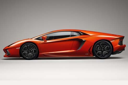 เปิดตัว Lamborghini Aventador LP700-4 กระทิงเปลี่ยวตัวใหม่ เฉลยราคาใน 3 ทวีป
