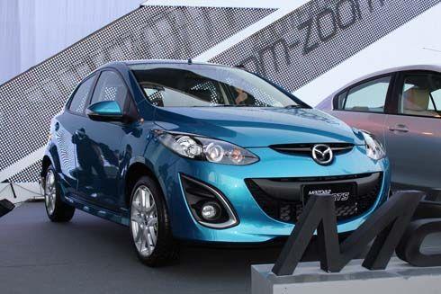 ราคา New Mazda2 มาสด้า2 รุ่นปรับโฉมใหม่ปี 2012 เริ่มที่ 550,000 บาท