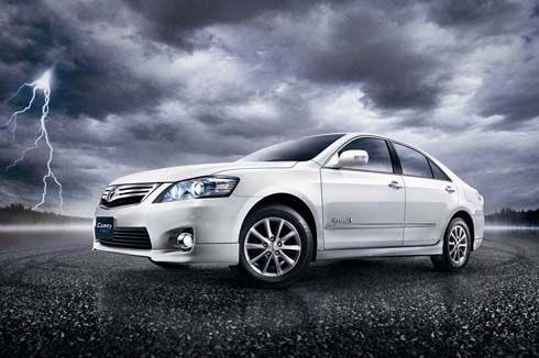 ใหม่ Toyota Camry Hybrid Extremo ดีไซน์แห่งพลังไม่รู้จบ เพียง 1,600 คัน
