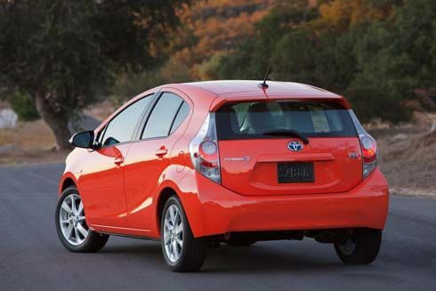 เปิดตัว Toyota Prius C ไฮบริดไซส์เล็กที่ดีทรอยต์ เริ่มขายในอเมริกา มีนาคมนี้