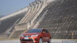 """รีวิว Toyota Yaris 2014 """"That's Right""""  Eco Car คันล่าสุดของเมืองไทย  จะใช่ในสไตล์คุณ หรือไม่?   แต่ที่รู้ขับดีกว่าที่คิด"""