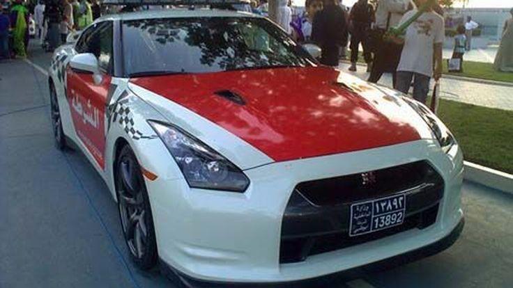 สุดหรู! Nissan GT-R รถตำรวจลาดตระเวน ประจำการที่ Abu Dhabi