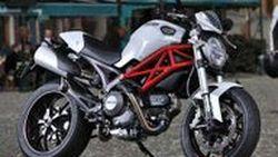 เปิดตัวแล้ว Ducati Monster 796 รุ่นปี 2011 ติดป้ายราคาที่ 7,695 ปอนด์ เริ่มขายพฤษภาคมนี้