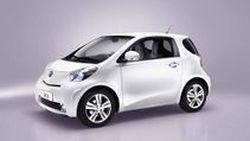 โฆษณาแรกของ Toyota IQ