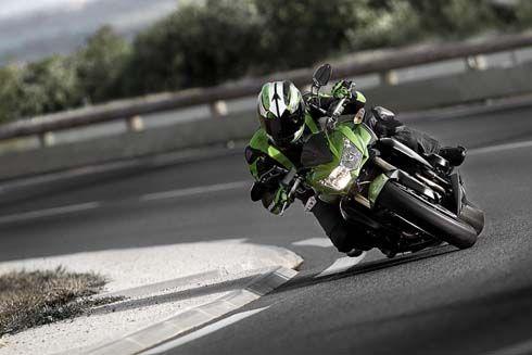 ใหม่ Kawasaki Z750R รุ่นปี 2011 เวอร์ชั่น Racing ของ Z750 ปรับปรุงใหม่ อวดโฉมรอบคันในคลิป