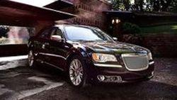 Chrysler เปิดตัว 300 Luxury Edition รุ่นเครื่องยนต์ V6 เริ่มขายกุมภาพันธ์ปี 2012