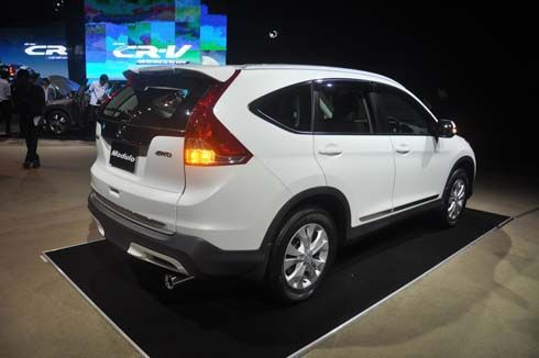 Honda CR-V, BMW 3-Series, Toyota Prius Plug-In ติดโผชิง 'รถยอดเยี่ยมยุโรป 2013'