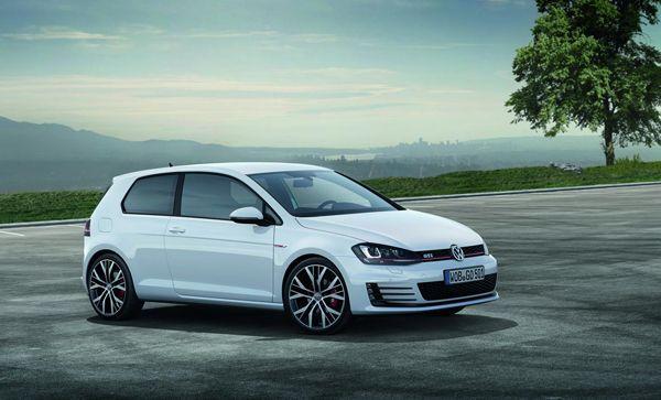 Volkswagen อวดโฉม Golf GTI 2013 คอมแพกต์เวอร์ชั่นแรง ก่อนงานมอเตอร์โชว์ที่เจนีวา