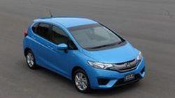 2014 All-New Honda Jazz เผยโฉมอย่างเป็นทางการแล้ว รุ่นไฮบริดประหยัด 36.4 กม./ลิตร