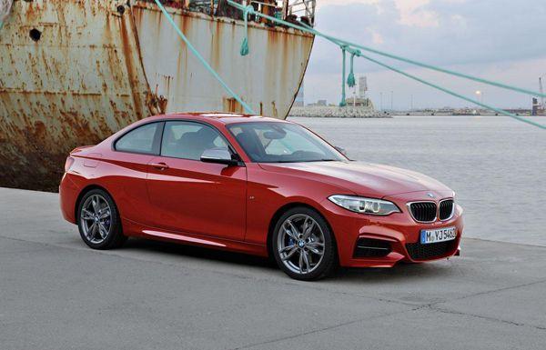 2014 BMW 2-Series Coupe เปิดตัวแล้ว ออกจำหน่ายเดือนมีนาคมปีหน้า