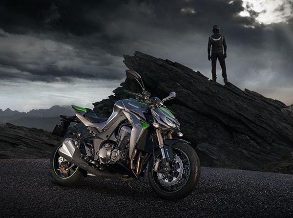 Kawasaki เผยโฉม Z1000 รุ่นปี 2014 ยกระดับเต็มสมรรถนะซูเปอร์ไบค์