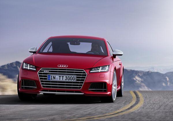 2015 Audi TT เผยโฉมแล้ว มาพร้อมเวอร์ชั่นร้อนแรง TTS ระดับ 310 แรงม้า