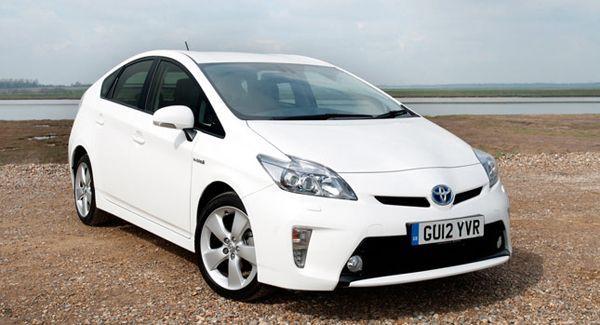 Toyota ให้คำมั่น 2015 Prius พลิกโฉมดีไซน์ แบตเตอรี่ดีกว่าเดิมและประหยัดเหนือชั้น