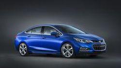 2016 Chevrolet Cruze จะใหญ่ขึ้นแต่เบาลงกว่ารุ่นเดิม