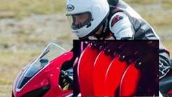 ทีเซอร์ตัวที่ 2 ของ 2017 Honda CBR1000RR ที่เร้าอารมณ์ยิ่งขึ้น