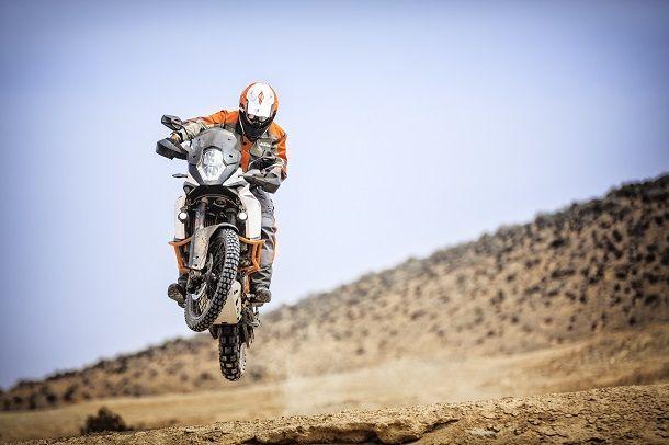 2017 KTM 1090 Adventure และ 1090 Adventure R สองรุ่นสองประสงค์