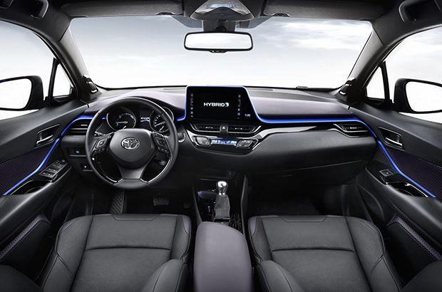 ชมกันเลย ห้องโดยสาร Toyota C-HR ครอสโอเวอร์แนวสปอร์ต