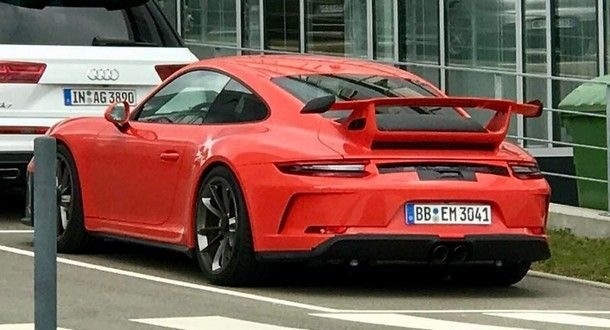 2018 Porsche 911 GT3 จะมาพร้อมเครื่องยนต์ใหม่ขนาด 4.0 ลิตร 500 แรงม้า