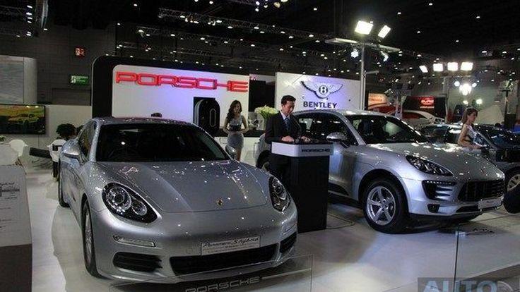 """AAS ขนทัพ Porsche Bentley ร่วมงาน """"BIG Motor Sale 2014"""""""