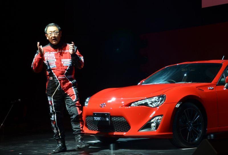 """อากิโอะ โตโยดะ: """"ผมขับรถแข่งเพื่อพิทักษ์โตโยต้า และเลกซัส"""""""