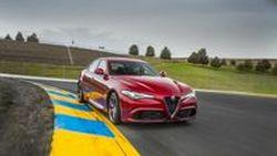 Alfa Romeo Giulia เวอร์ชั่น 4 ประตู จะมาพร้อมเครื่องยนต์ 2.0 Turbo 350 แรงม้า