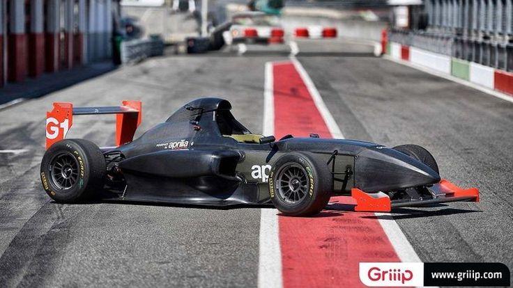 จับเครื่อง Aprilia RSV4RR 201 แรงม้าวางในรถแข่ง Formula