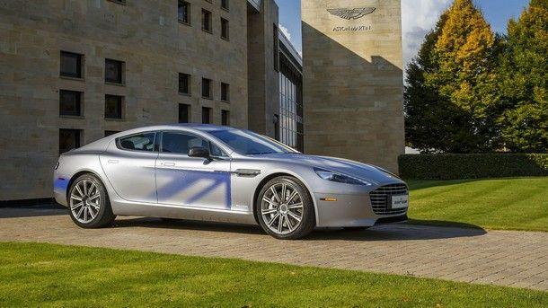 Aston Martin เตรียมยกเลิกเครื่องยนต์ V12 ในรุ่น Rapid พร้อมแทนที่ด้วยขุมไฟฟ้า ในปี 2018